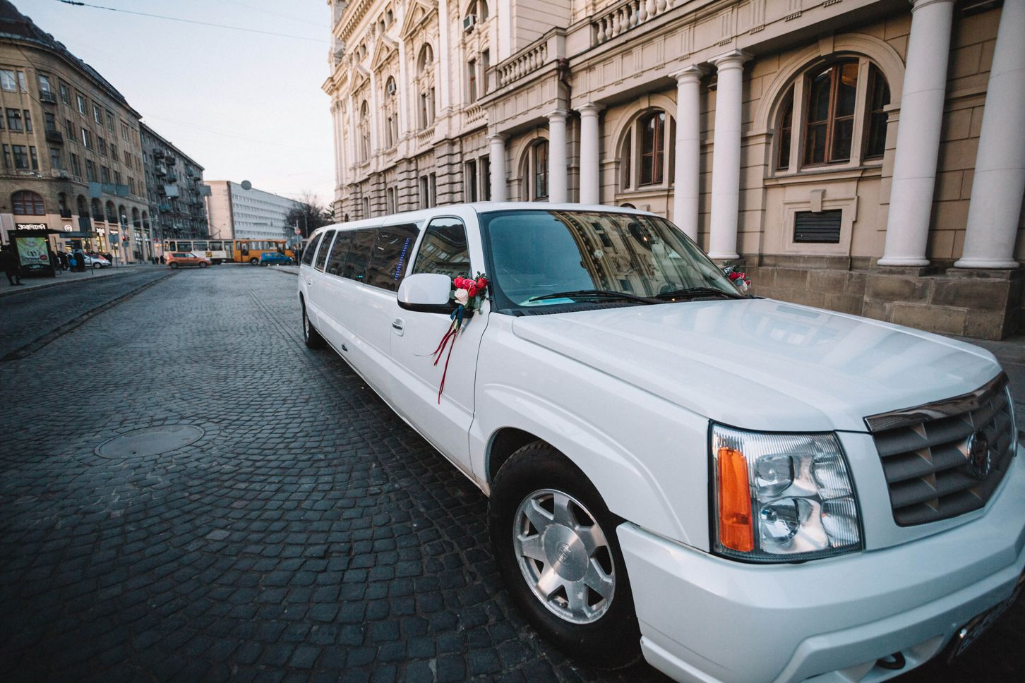 SUV limo from Coachwest