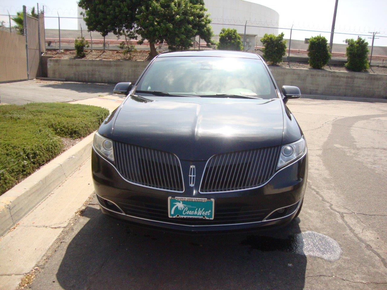 2013 Lincoln MKT Livery Town Car - Coach West