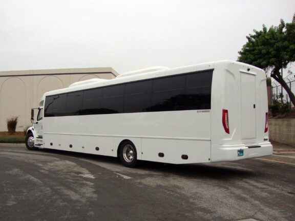 2021 Freightliner Executive Bus Builders ECoach 45 Wide Body Rear 3/4 view